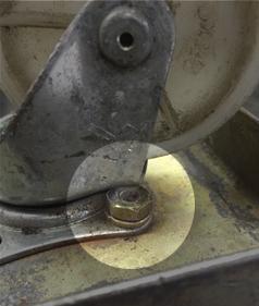 ドーリー台車のキャスター不良の修理・交換